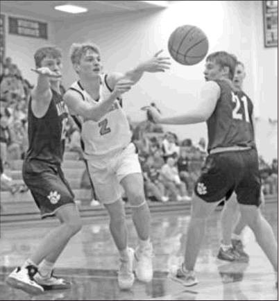 Lex Engage In Thrillers With Hastings Hoopsters